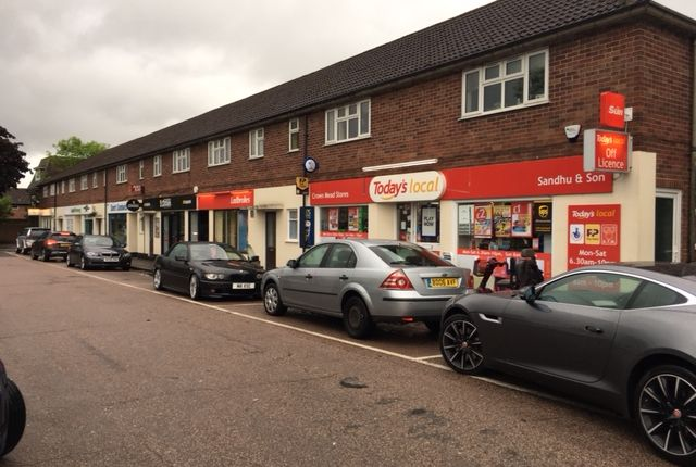 Thumbnail Retail premises for sale in Bath Road, Thatcham