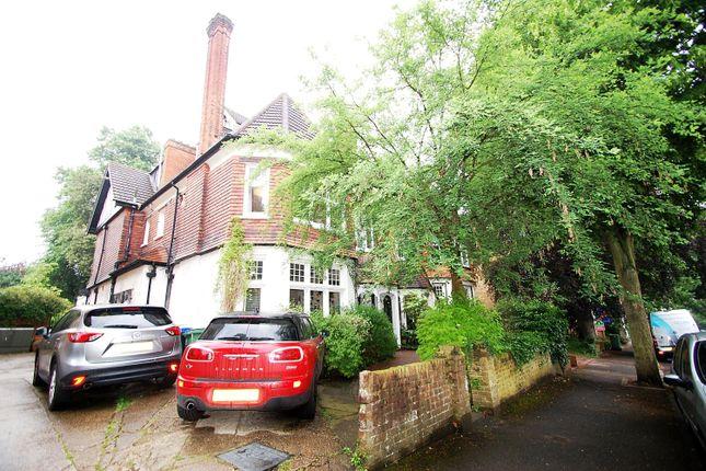 Thumbnail Flat to rent in Egmont Road, Sutton