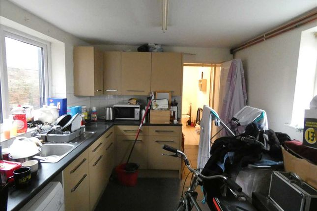 Kitchen of Willingham Street, Grimsby DN32