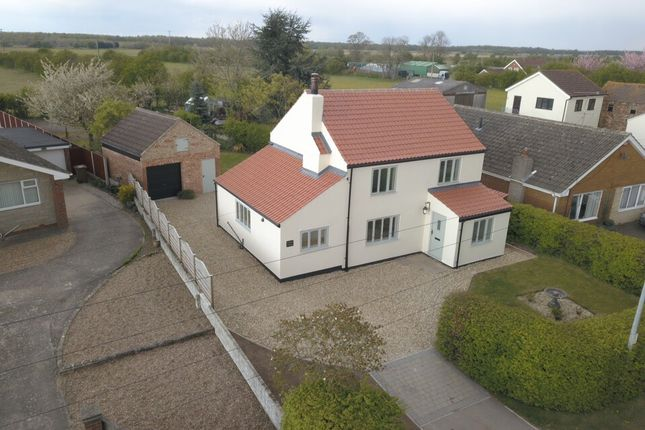 Thumbnail Cottage for sale in High Street, Wroot, Doncaster