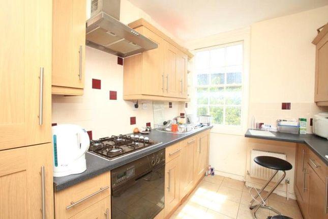 Thumbnail Property to rent in Kennington Lane, London