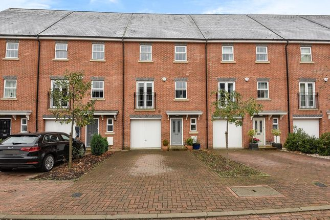 4 bedroom town house for sale in Whitehill Place, Virginia Water