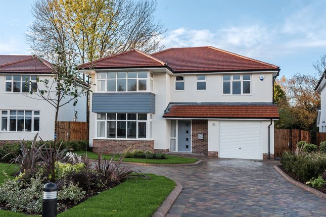 Thumbnail Detached house for sale in Church Way, Sanderstead, South Croydon