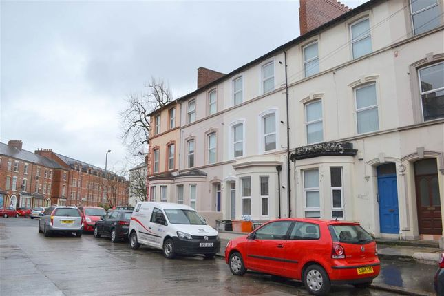 Thumbnail Flat to rent in 3, 31 Cromwell Road, Belfast