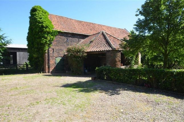 Thumbnail Barn conversion for sale in Mill Road, Luddington, Scunthorpe