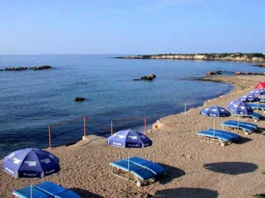 Thumbnail Commercial property for sale in Kato Paphos, Paphos, Cyprus