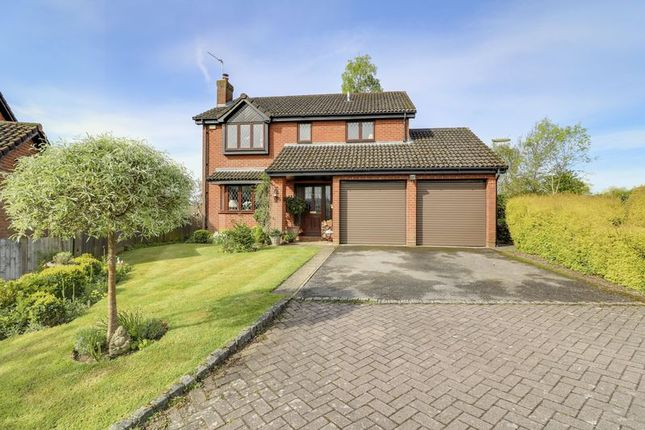 Thumbnail Detached house for sale in Windmill Field, Windlesham