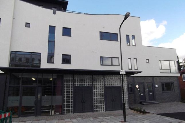 Thumbnail Flat to rent in Market Parade, Sidcup High Street, Sidcup