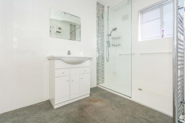 Bathroom of Boyne Road, Birmingham, West Midlands B26