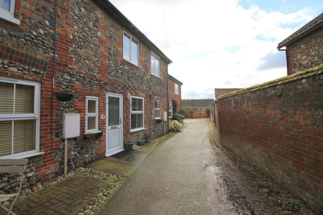 Thumbnail Cottage for sale in Connaught Road, Attleborough