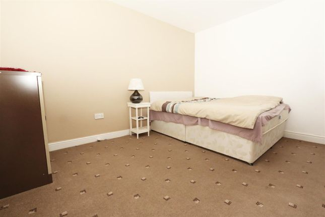 Bedroom One of Boynton Terrace, Bradford BD5