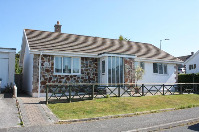 Thumbnail Detached bungalow to rent in Tretherras Road, Newquay