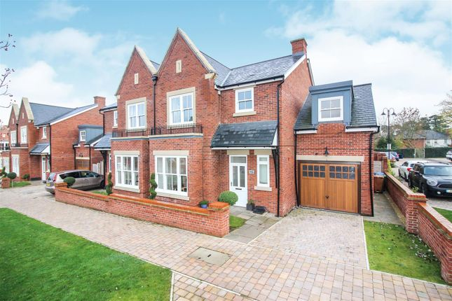 Thumbnail Semi-detached house for sale in Foley Avenue, Westwood Park, Beverley