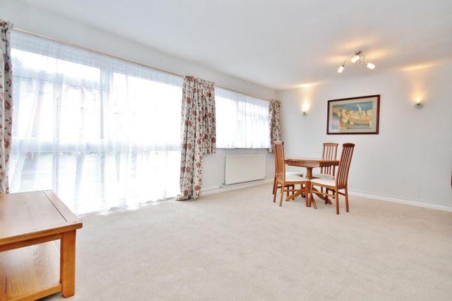 Thumbnail Flat to rent in Chatsworth Road, Croydon
