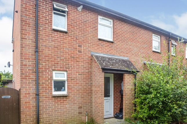 1 bed flat for sale in Bowes Lyon Court, Salisbury SP2