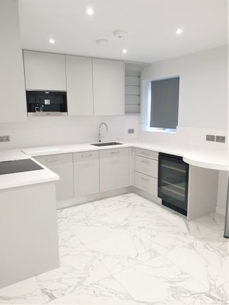 1 bed flat to rent in Royal Parade, Chislehurst BR7
