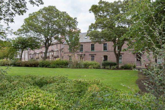 9c Melville Gardens