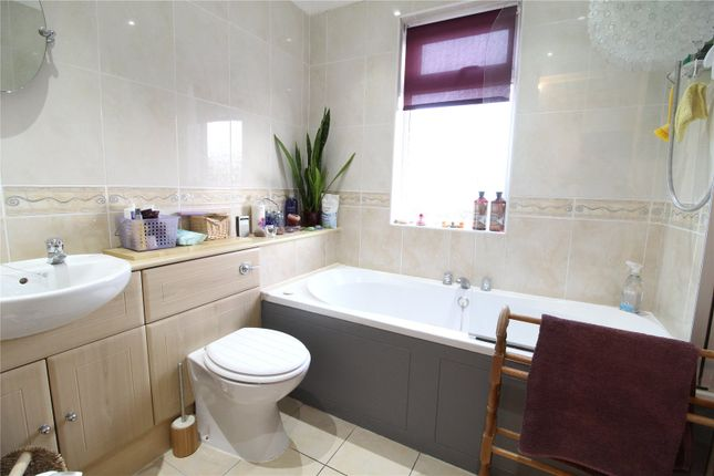 Bathroom of Glover Road, Scunthorpe, North Lincolnshire DN17