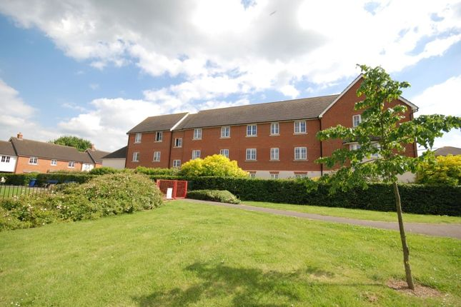 Thumbnail Flat for sale in Baden Powell Close, Great Baddow, Chelmsford