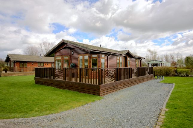 Thumbnail Mobile/park home for sale in Gallaber Park, Long Preston
