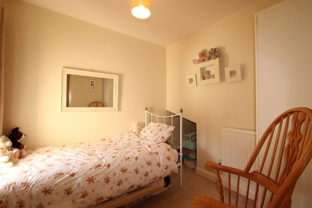 Bedroom of Holmesville Avenue, Congleton, Cheshire CW12