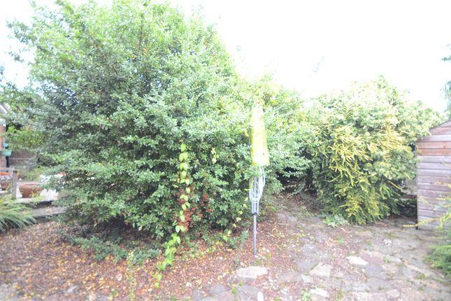 Garden B of Oatlands Road, Shinfield, Reading RG2