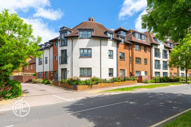 1 bed flat for sale in Dunkerley Court, Letchworth Garden City SG6