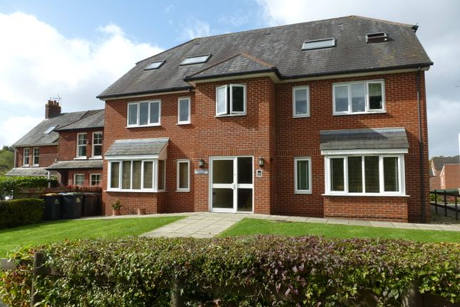 Thumbnail Flat to rent in St Christopher's Road, Haslemere
