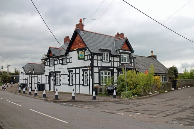 Thumbnail Pub/bar for sale in Henllys, Cwmbran