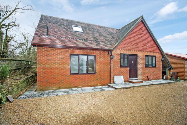 Thumbnail Cottage to rent in Marches Road, Warnham, Horsham