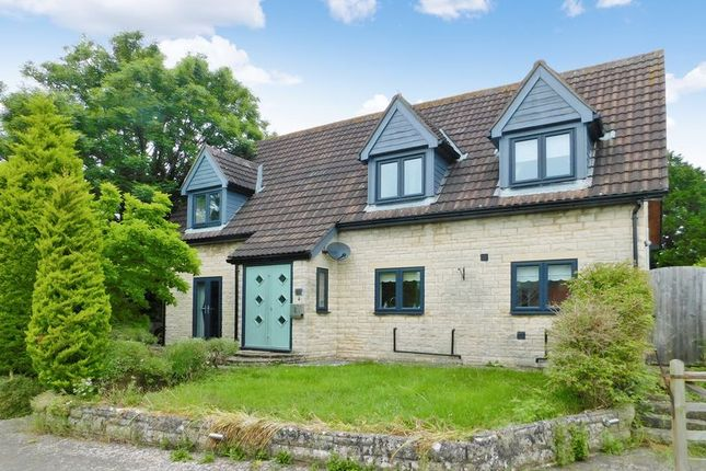 Thumbnail Property to rent in Roddenbury Close, Frome