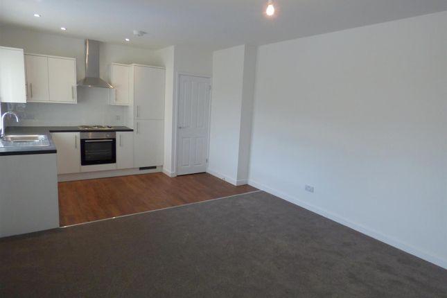 Thumbnail Flat to rent in High Street, Evesham