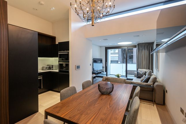 Thumbnail Flat to rent in Roman House, Wood Street, Barbican