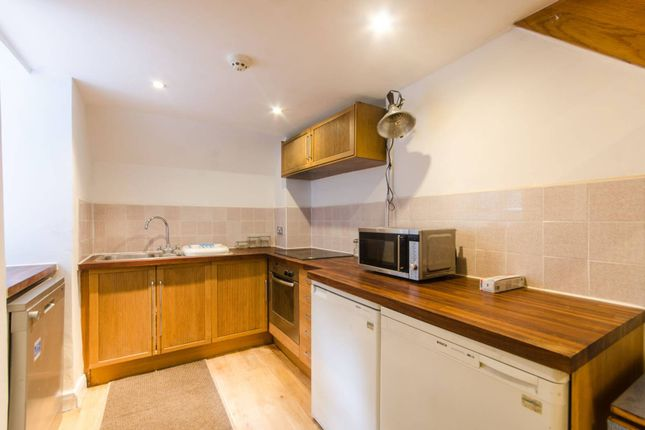 Thumbnail Flat to rent in Regent Square, Bloomsbury