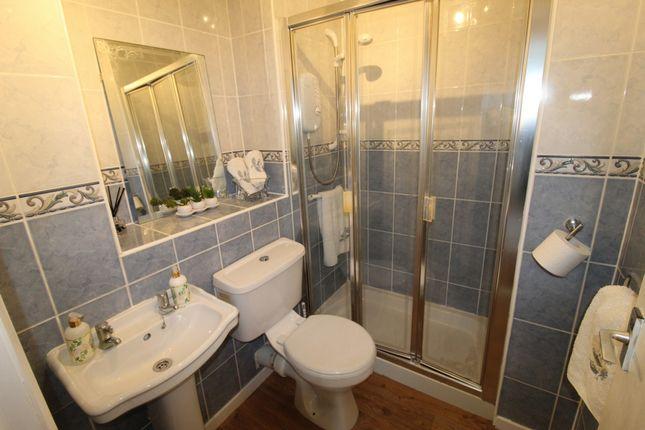 Bathroom of Waterside Court, Kilmarnock KA1
