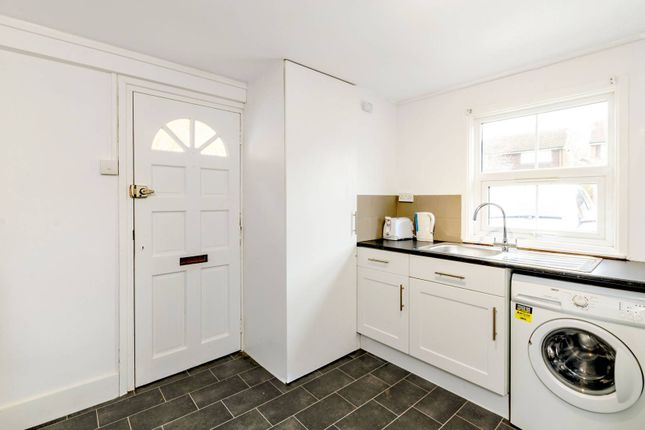 Thumbnail Semi-detached house to rent in Stoughton Road, Guildford