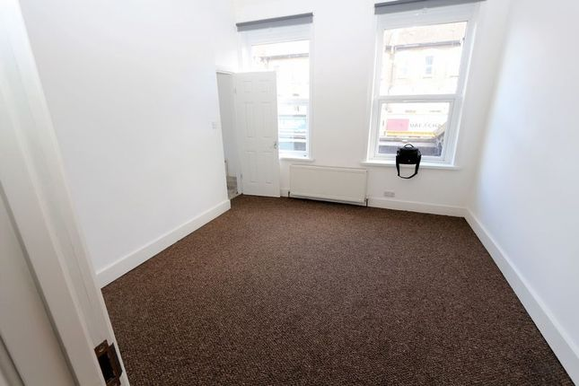 1 bed flat to rent in Rigby Mews, Ilford