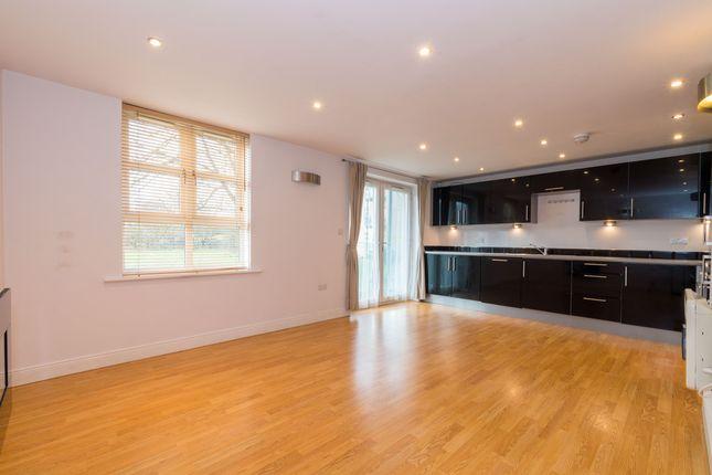 Thumbnail Flat to rent in Roker Lane, Pudsey
