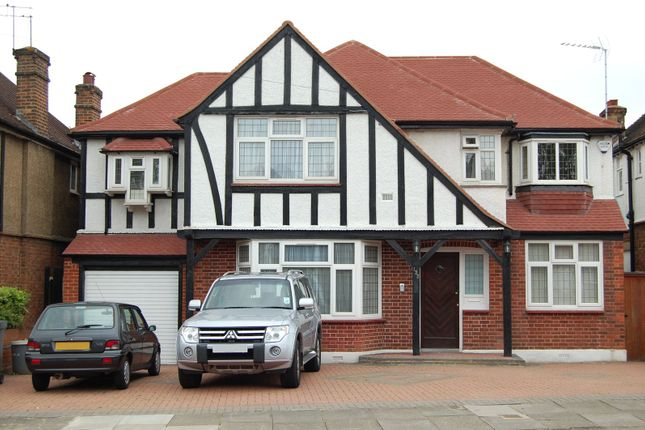 Thumbnail Detached house to rent in Edgwarebury Lane, Edgware