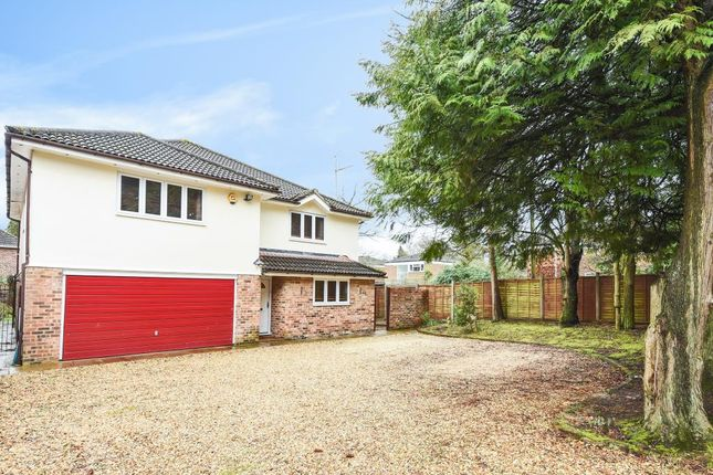 Thumbnail Detached house for sale in Crowthorne, Berkshire