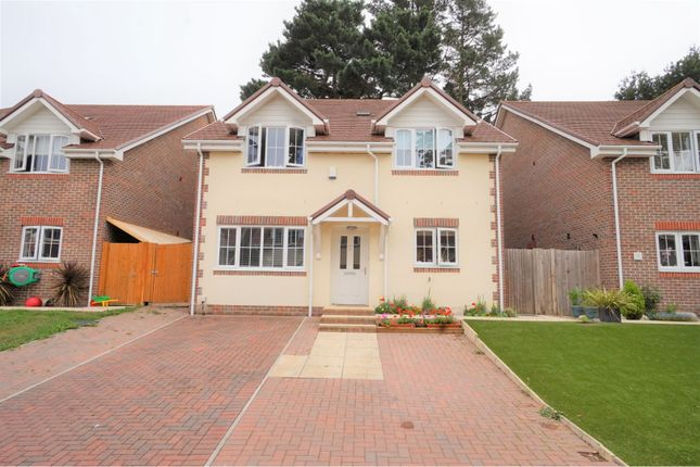 Thumbnail Detached house for sale in Hill Cottage Gardens, Southampton