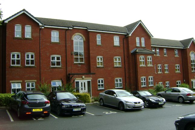 Thumbnail Flat to rent in Devonshire Road, Bolton