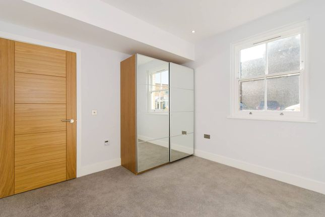 Thumbnail Terraced house to rent in St Mary's Square, Ealing