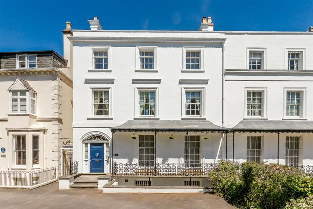 Thumbnail Semi-detached house for sale in Binswood Avenue, Leamington Spa, Warwickshire