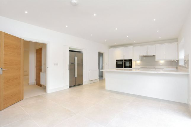 Picture No. 19 of Oakfield Road, Ashtead, Surrey KT21