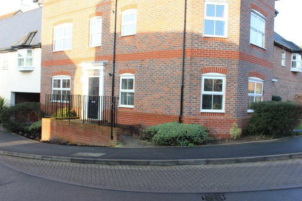 Thumbnail Maisonette to rent in Riverside, Codmore Hill, Pulborough