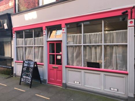 Thumbnail Restaurant/cafe for sale in Broad Row, Great Yarmouth