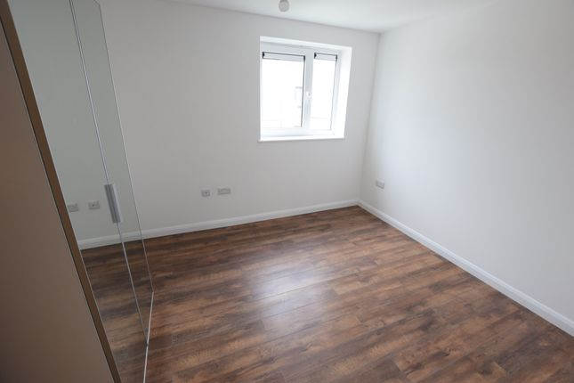 Thumbnail Terraced house to rent in Stoke Road, Slough, Berkshire