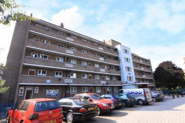 Thumbnail Flat to rent in Marmont Road, London