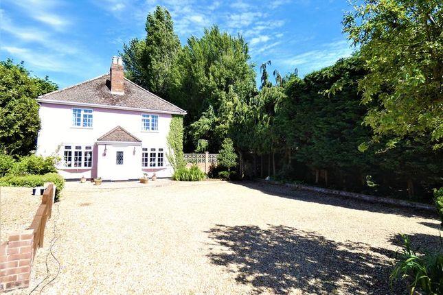 Thumbnail Detached house for sale in Spring Grove, Bursledon, Southampton